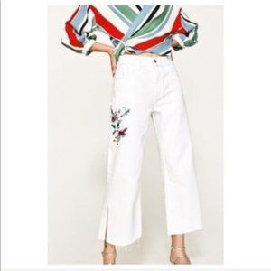 Zara Wide Leg Embroidered White Jeans Size 2 NWT